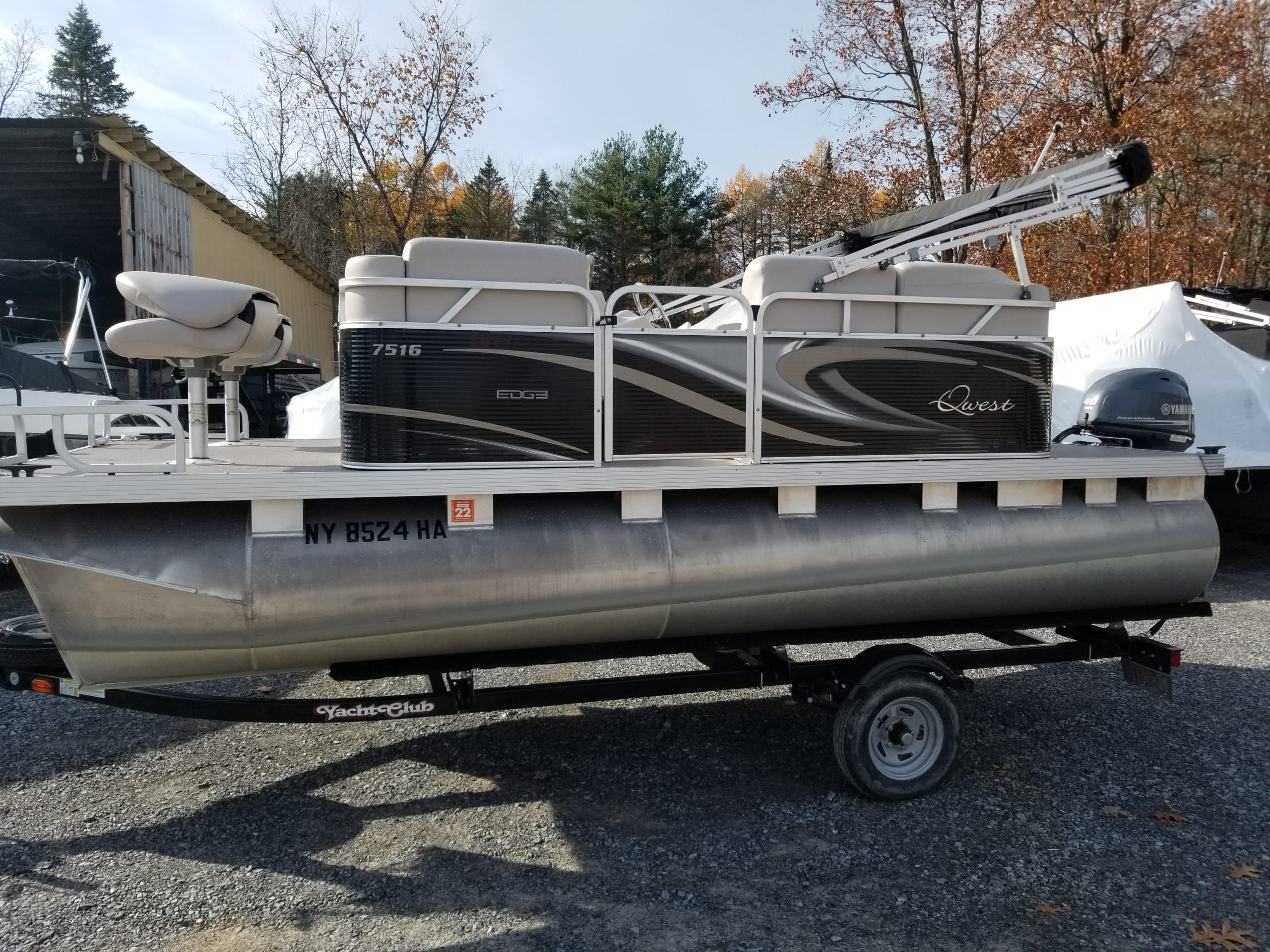 2017 Quest Pontoon 16' copy